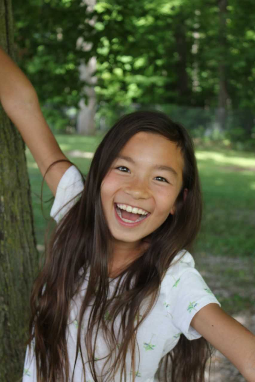A close-up photo of Nari Hwang, the 2019 Ernie Crossland Young Conservationist Award Winner.